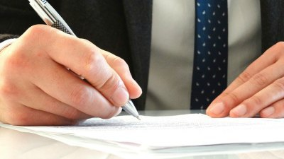 Completing an application for guardianship